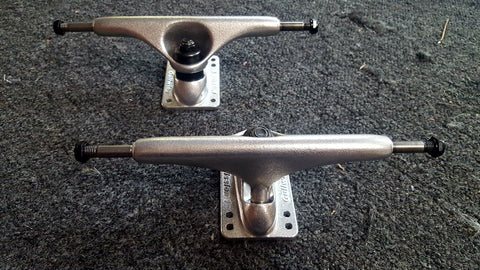 "Gullwing Mission 1 Skateboard Trucks - SILVER 9"" (PAIR)"