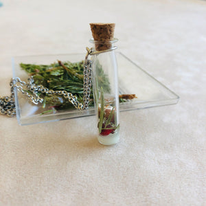 Winter | Long glass bottle with pine needles