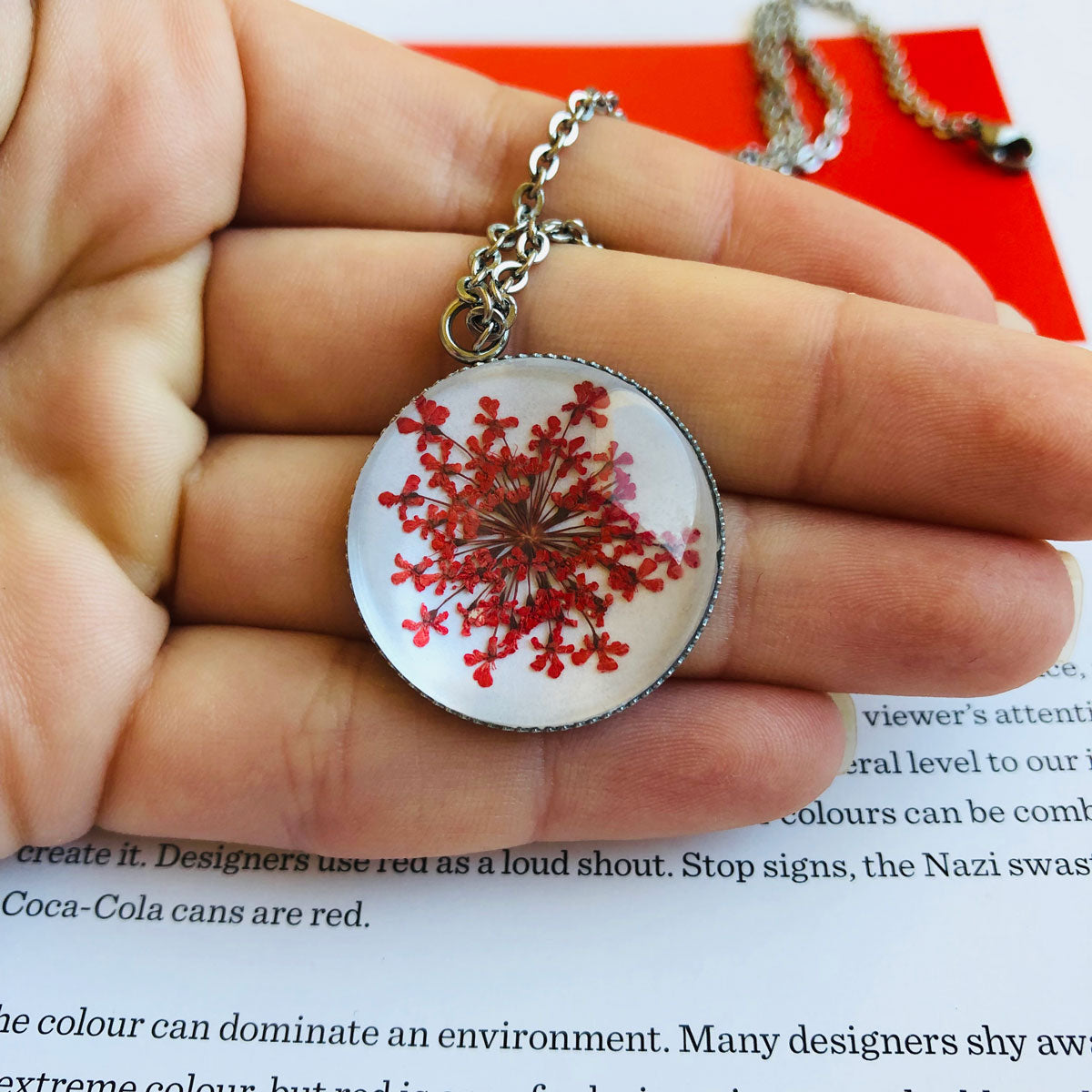 Red | Baby's breath necklace