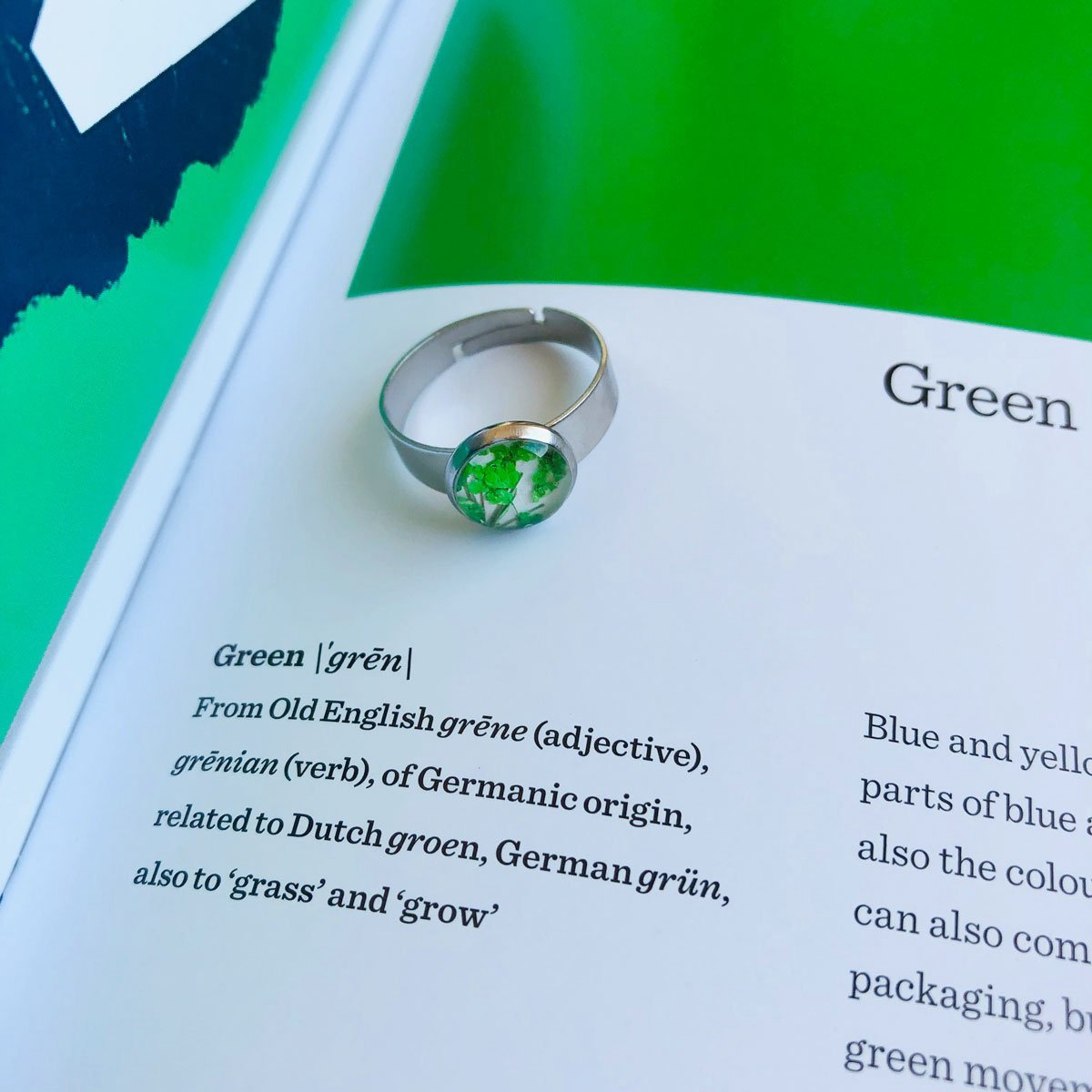 Green | Baby's breath ring