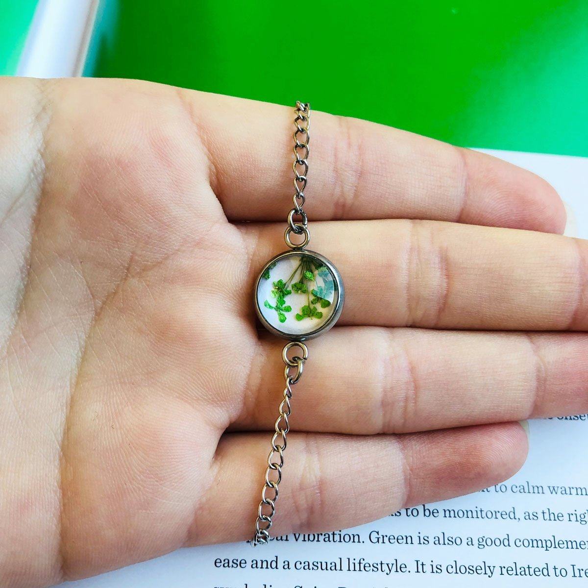 Green | Baby's breath bracelet
