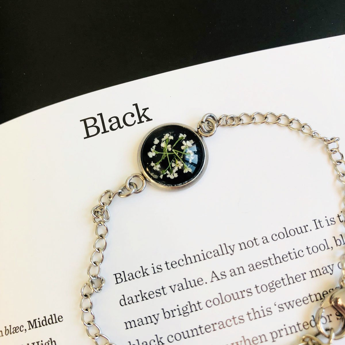 Black | Baby's breath bracelet