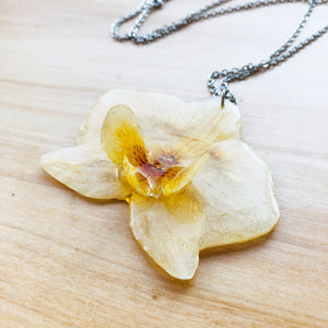 3D orchid necklace