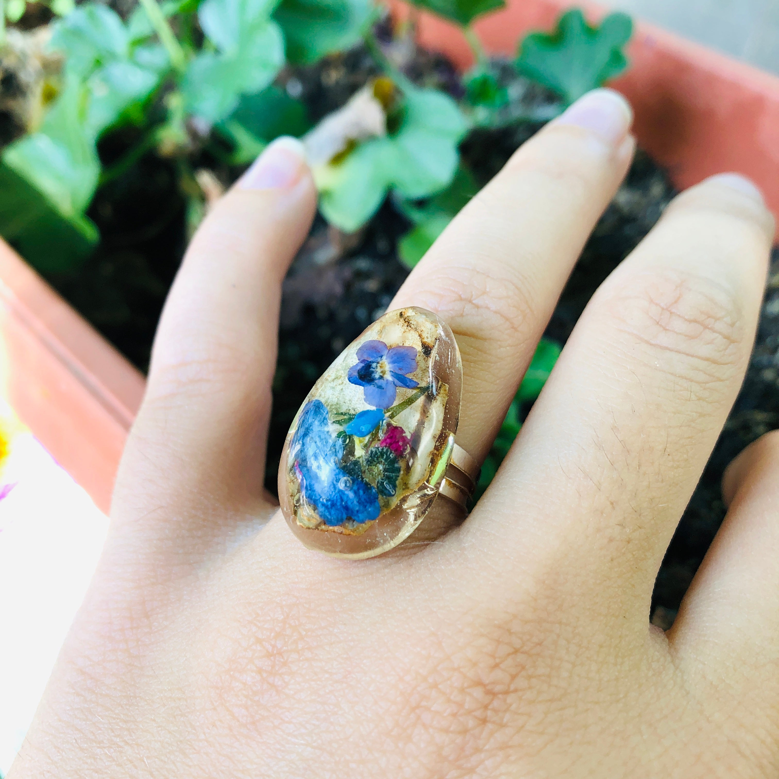 Flowers & wood ring