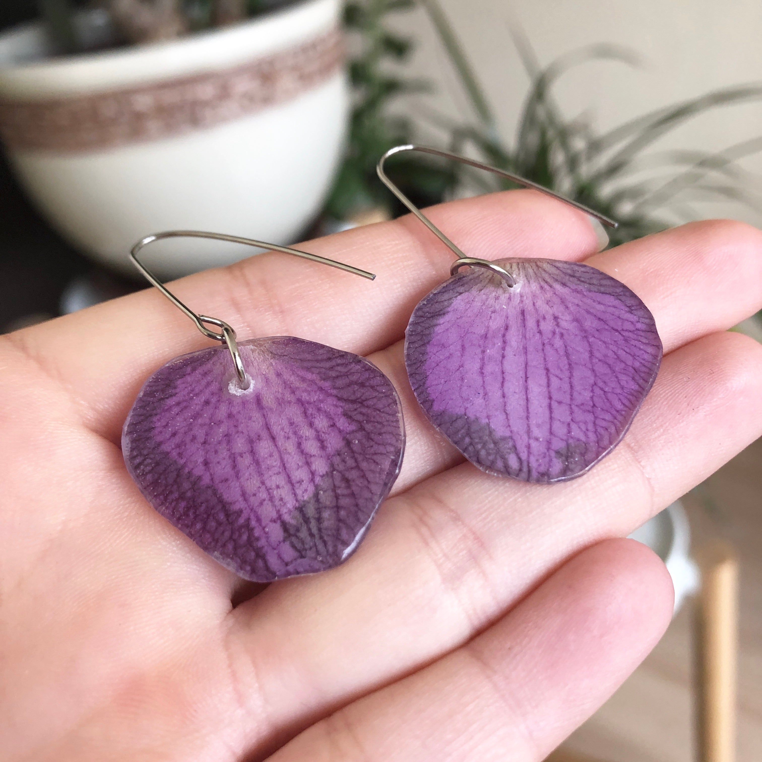 Pressed flower earrings
