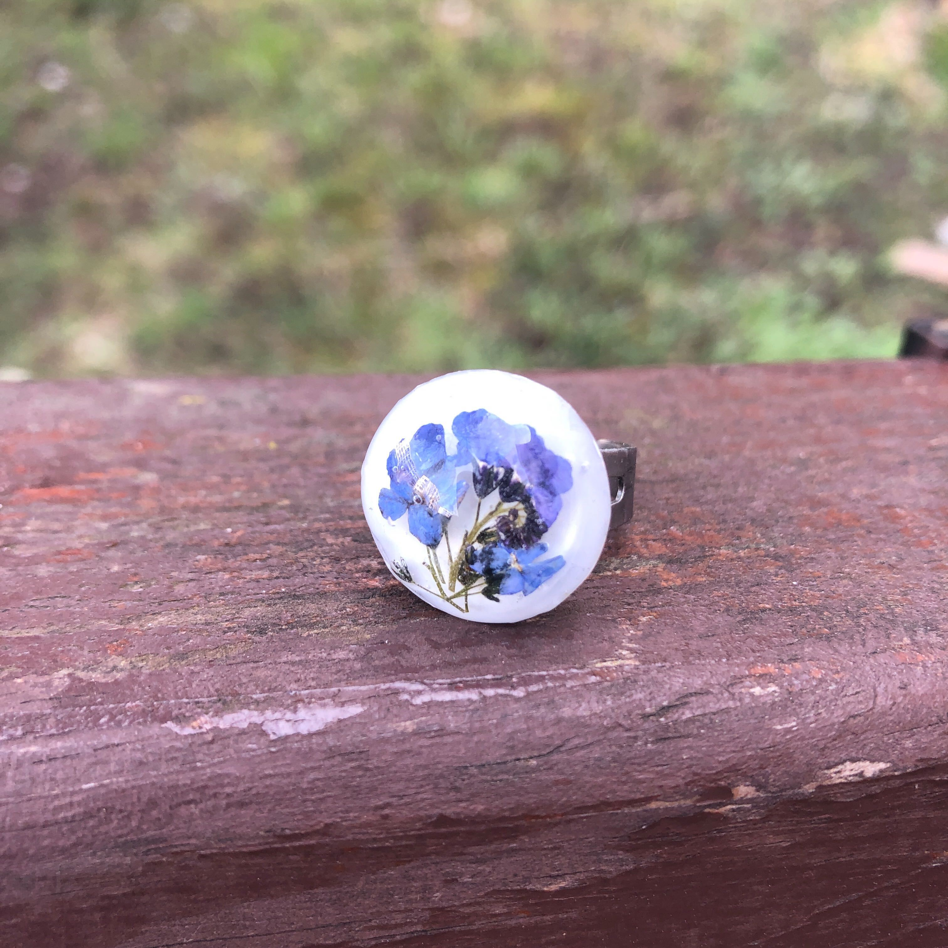 Forget-me-nots ring