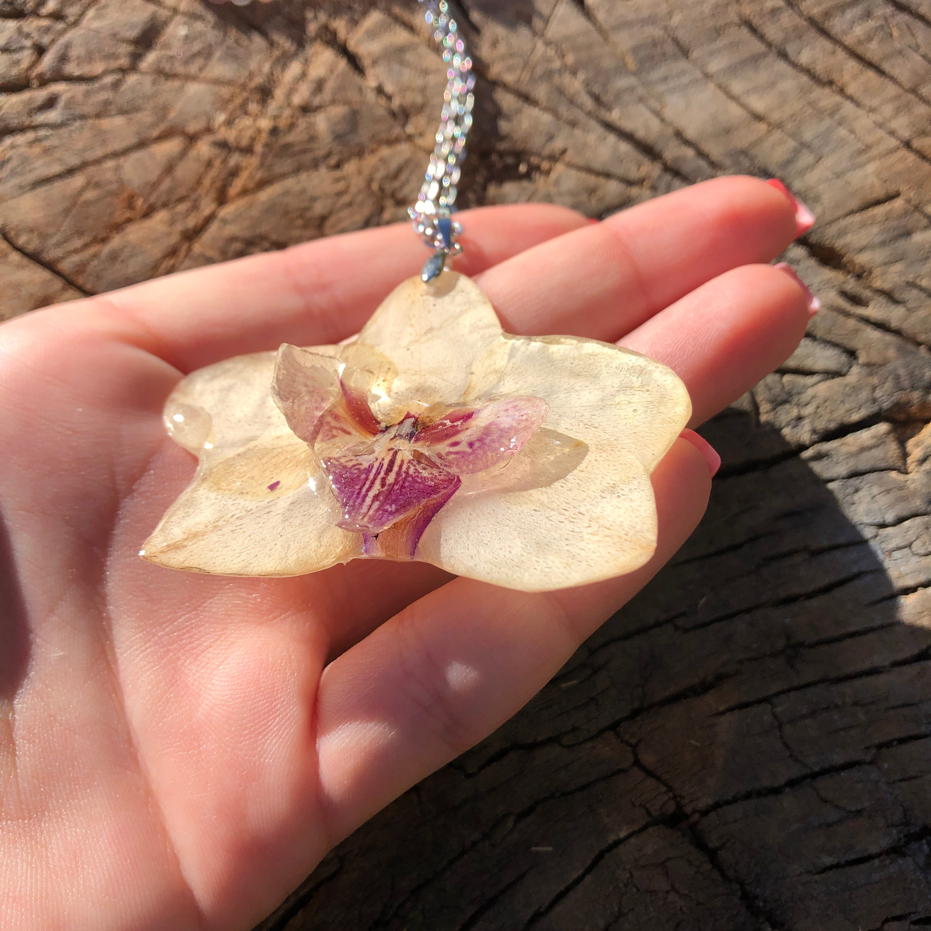 White 3D orchid necklace