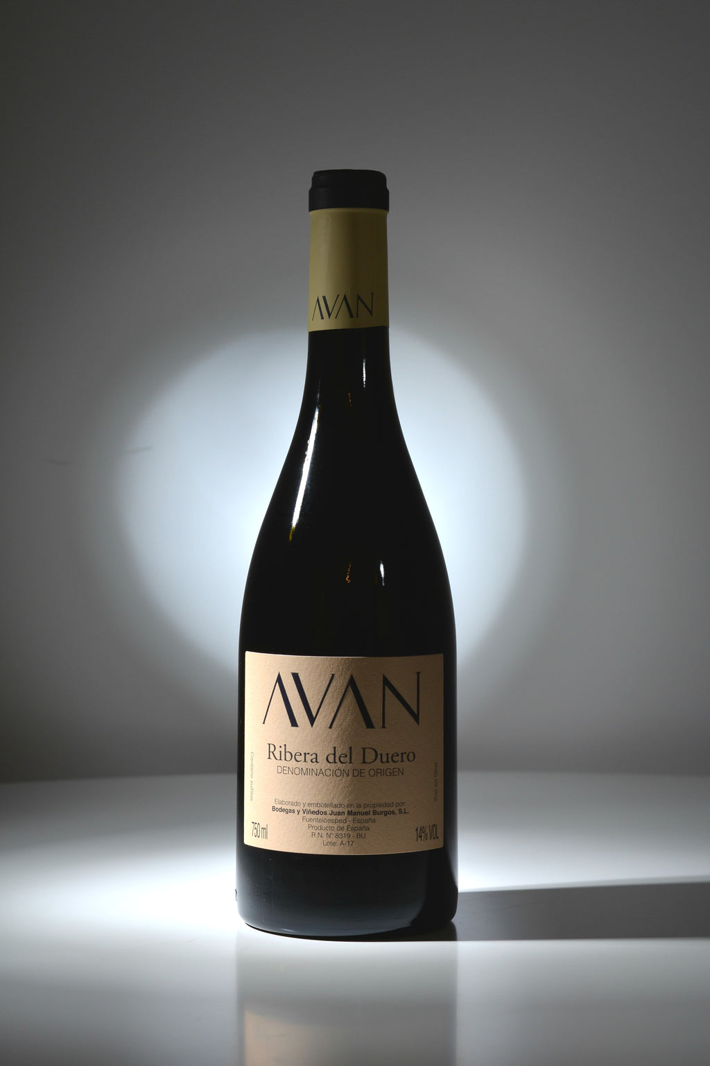 Avan 2016 - The Royal Bottle