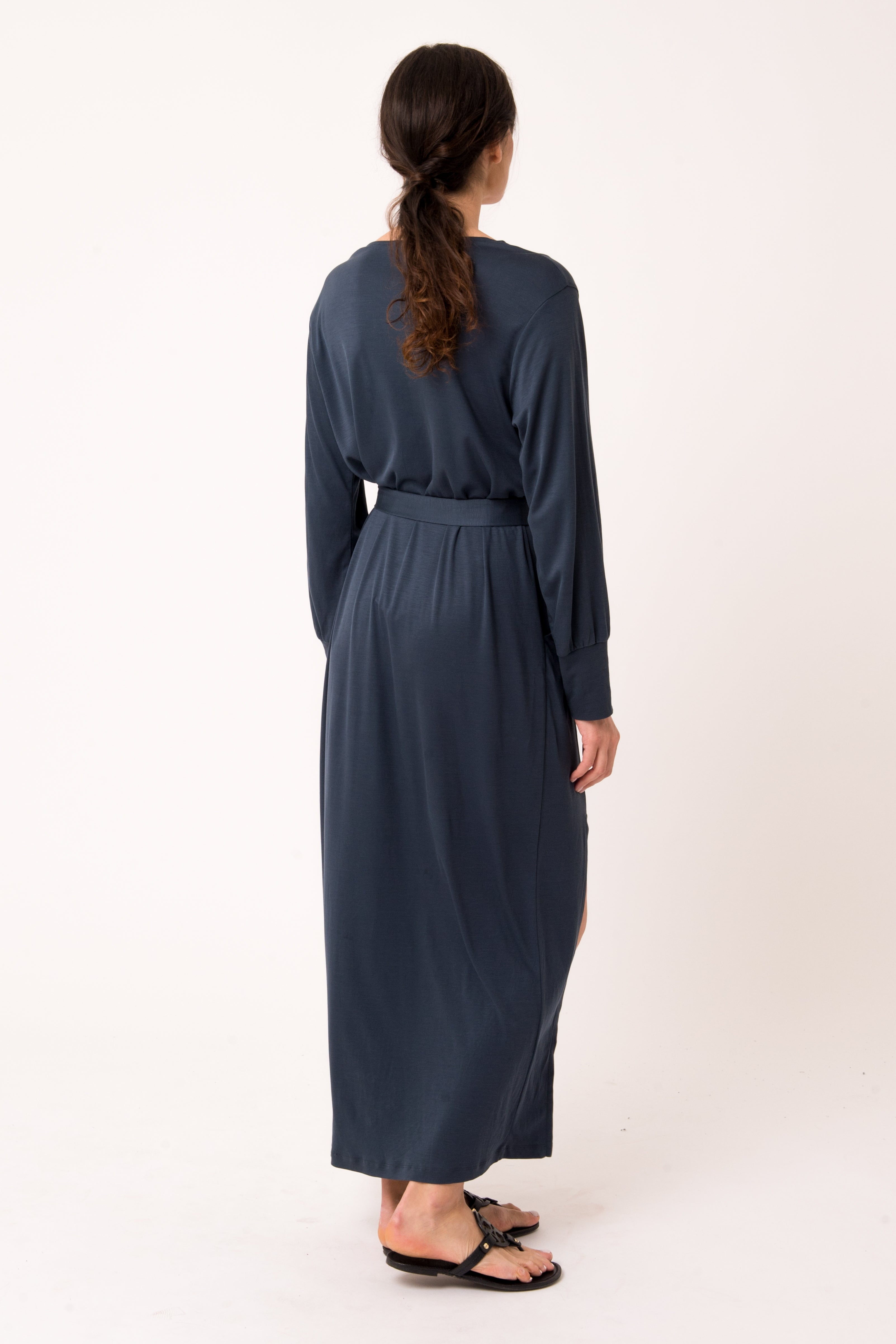 The Long Sleeved Kaftan - AWAN (As We Are Now)