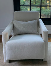 Load image into Gallery viewer, The Anthony Chair
