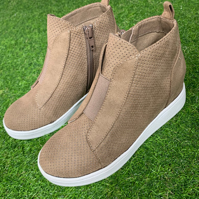 Gracey Wedge Sneaker, Stone