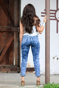 THE BILLIE JEAN ACID WASH DENIM