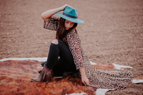 THE TOVA LEOPARD DUSTER