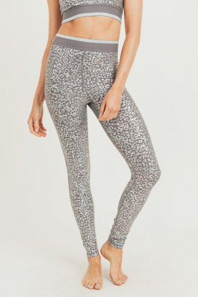 CARRY ON SILVER LEOPARD LEGGINGS - UntamedFaithBoutique