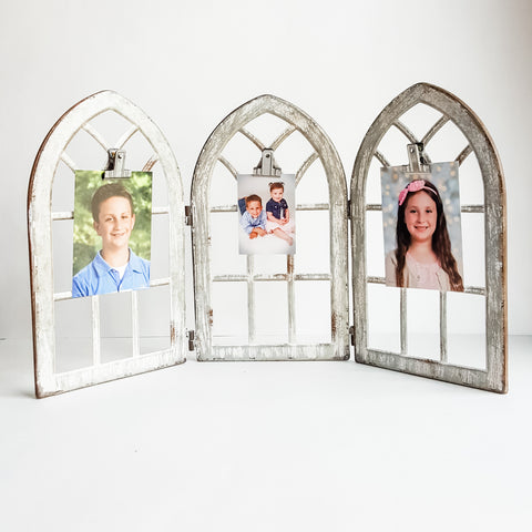 Gothic Trifold Picture Holder