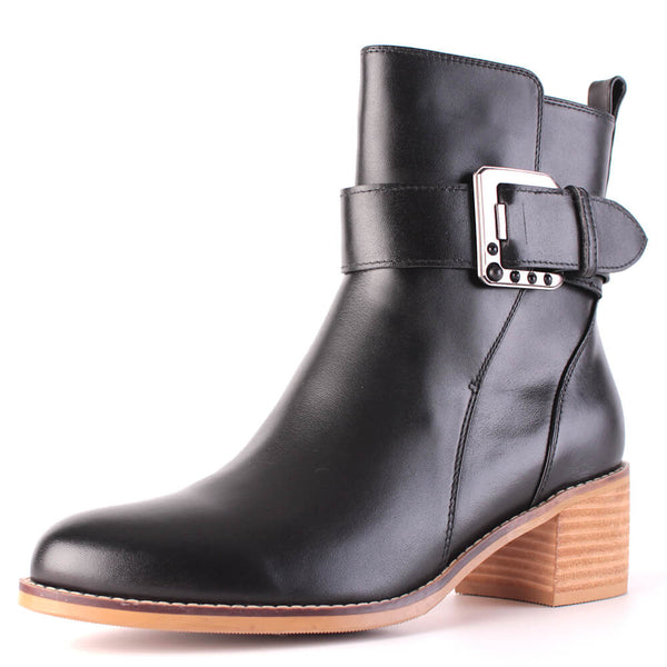 Modemoven Leather Ankle Boots with Buckle Decoration (black) - Modemoven