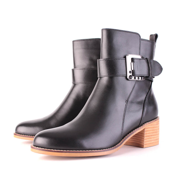Modemoven Leather Ankle Boots with Buckle Decoration (black)
