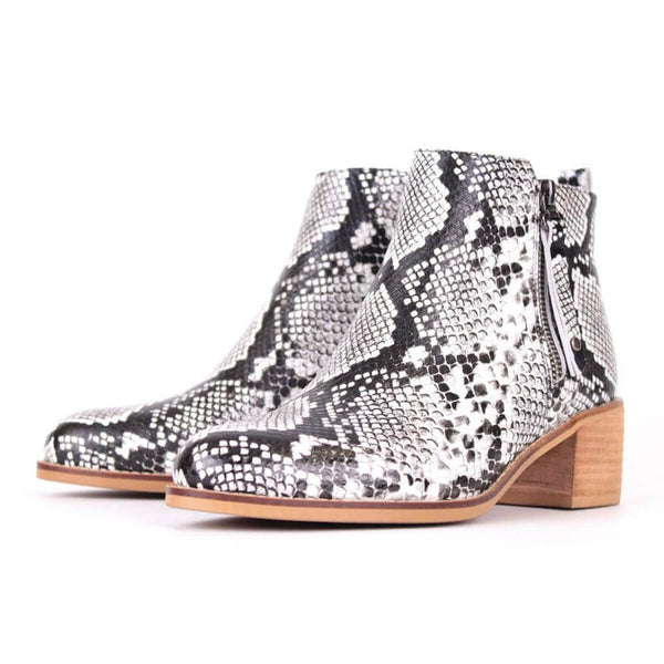 Modemoven Snake Leather Ankle Boots