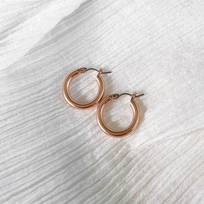Cross Link Hoops - rose gold