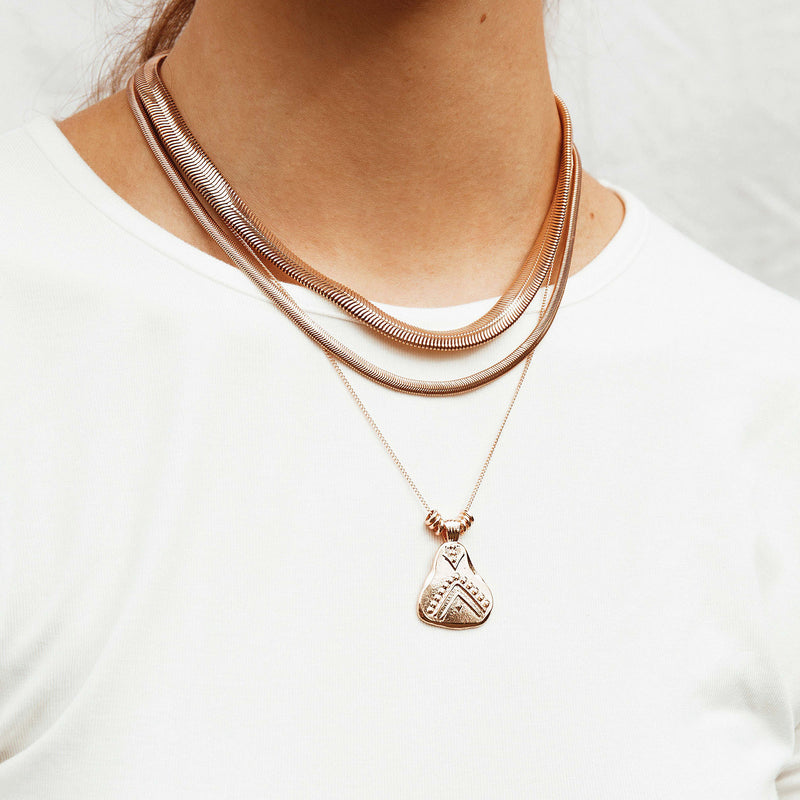Hazel Pendant Necklace - rose gold