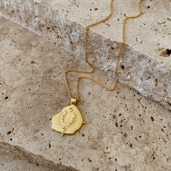 Lucky Pendant Necklace - 18k gold vermeil