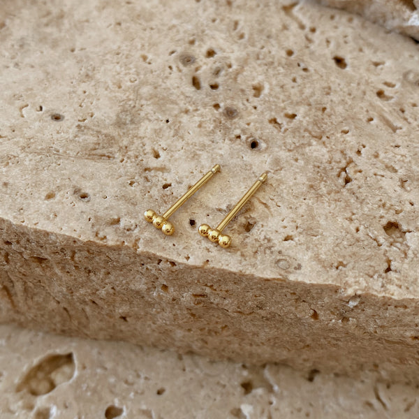 Dust Studs - 18k gold vermeil