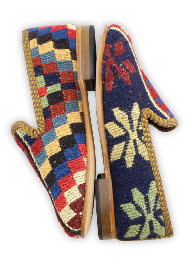 Load image into Gallery viewer, Children's Sumak Kilim Loafers - Size 30