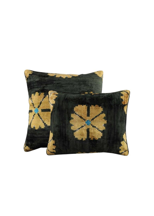 ella-pillows-ZVPL-2102-both-sizes-combined