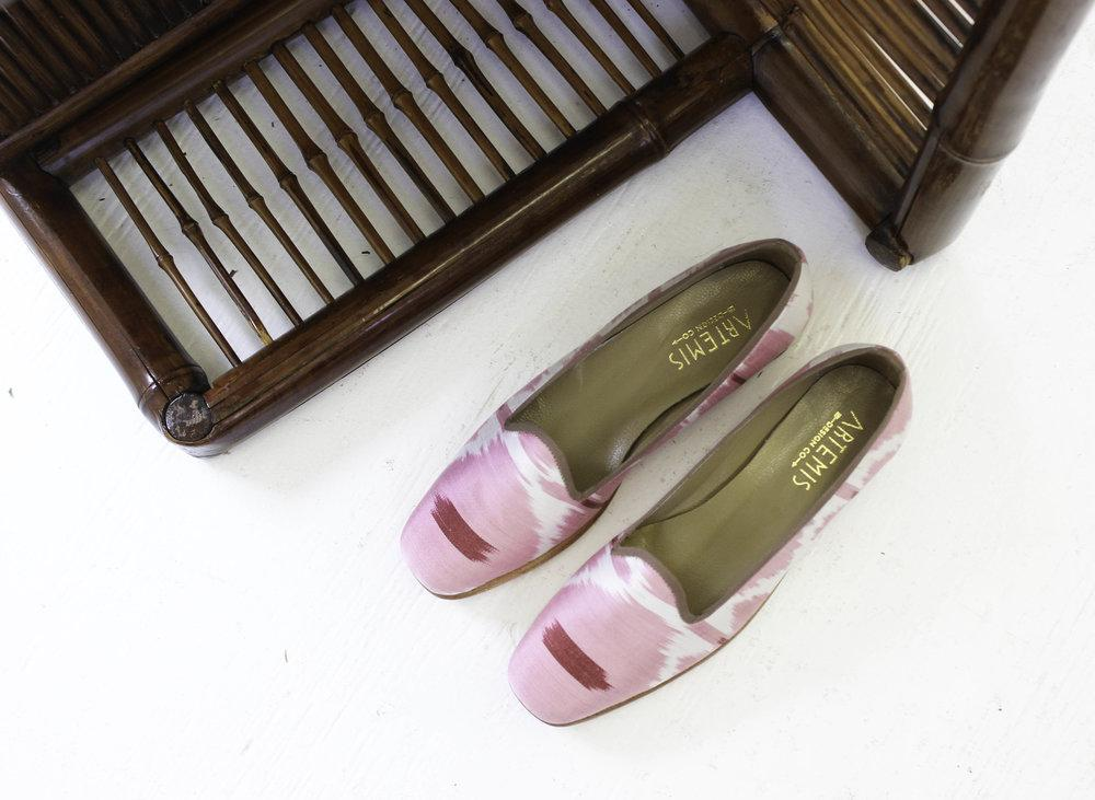 Load image into Gallery viewer, Archived Women's - Silk Loafers Size 39
