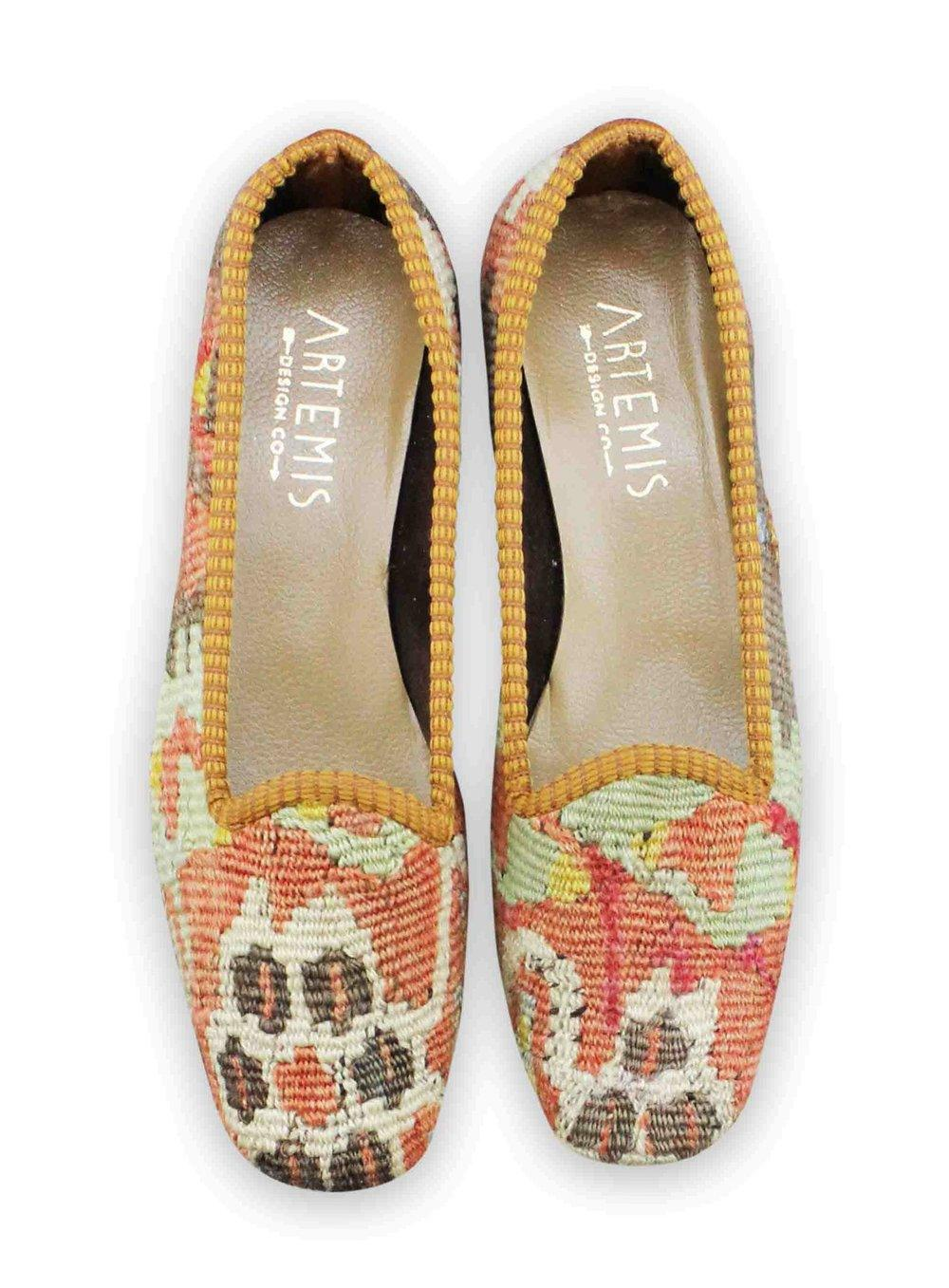 Archived Women's - Size 36 (US 6) Women's Classic Kilim Loafer