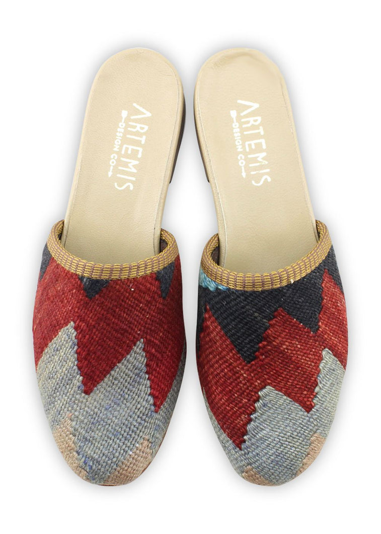 Load image into Gallery viewer, Archived Women's - Women's Kilim Slides - Size 37