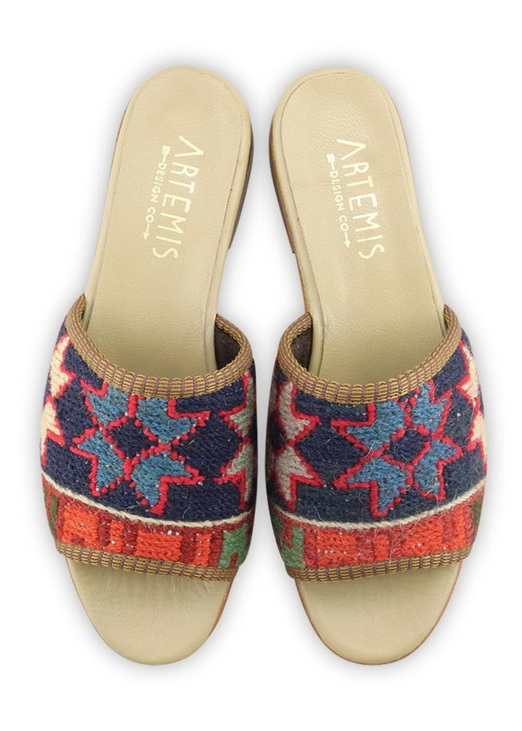 Load image into Gallery viewer, Archived Women's - Women's Sumak Kilim Sandals - Size 37
