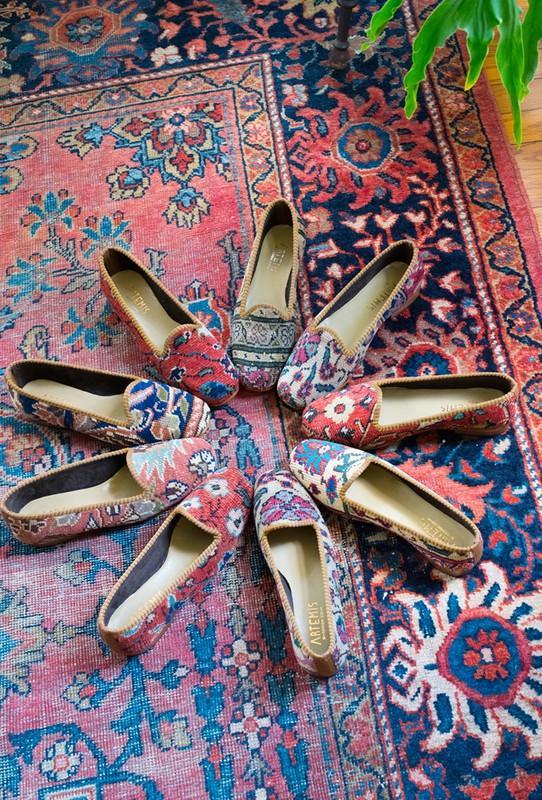 Load image into Gallery viewer, oriental-carpet-loafers-on-a-carpet