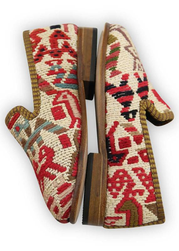 Load image into Gallery viewer, Children's Shoes - Artemis Design Co. - Children's Sumak Kilim Loafers - Size 25