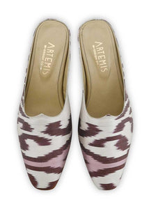 Women's Shoes - Charlotte Moss For Artemis - Silk Ikat Moss Mules, Size 40