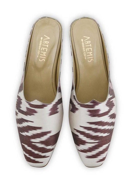Women's Shoes - Charlotte Moss For Artemis - Silk Ikat Moss Mules, Size 41