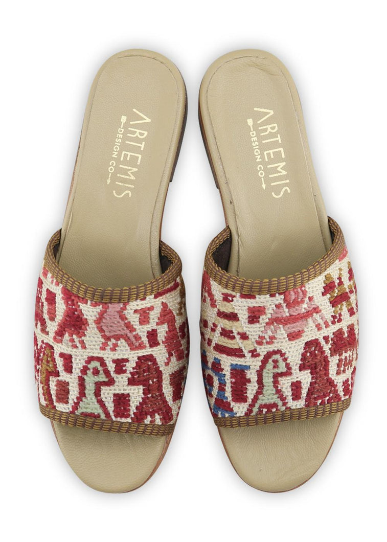 Load image into Gallery viewer, Women's Shoes - Women's Sumak Kilim Sandals - Size 37