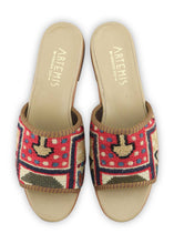Load image into Gallery viewer, Women's Shoes - Women's Sumak Kilim Sandals - Size 39