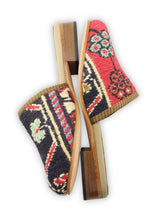 Load image into Gallery viewer, Women's Shoes - Women's Sumak Kilim Slides - Size 37