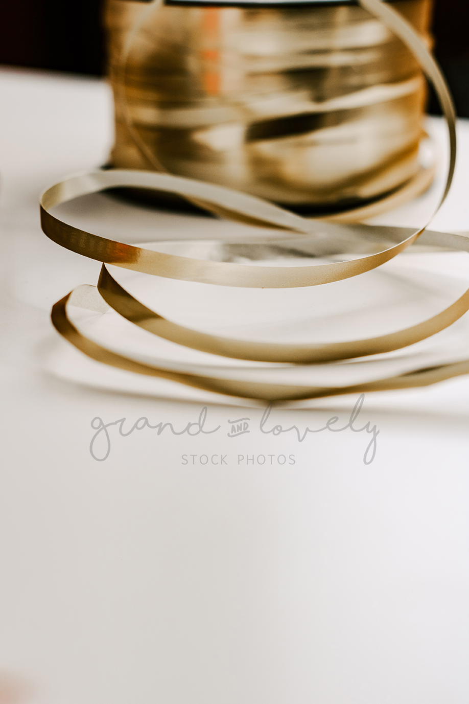 Free Styled Stock Photo | Gold String Stationary shine - Grand & Lovely Stock styled photography desktops lifestyle screens desktops stationary