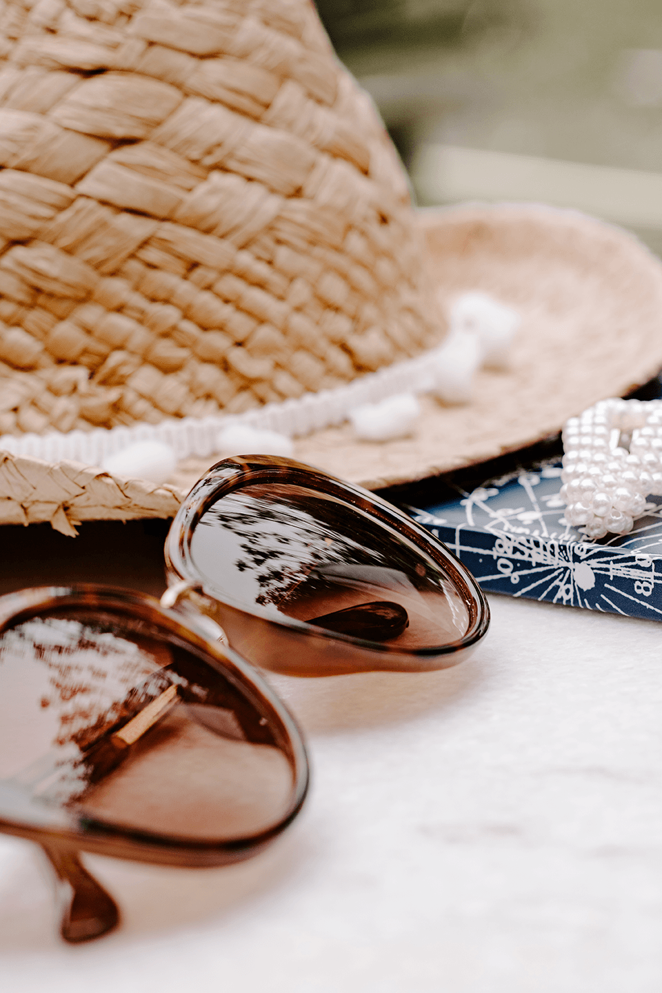 #Lifestyle #Travel I Sunglasses Straw Hat | Summer concept I Single Photo - Grand & Lovely Stock styled photography desktops lifestyle screens desktops stationary