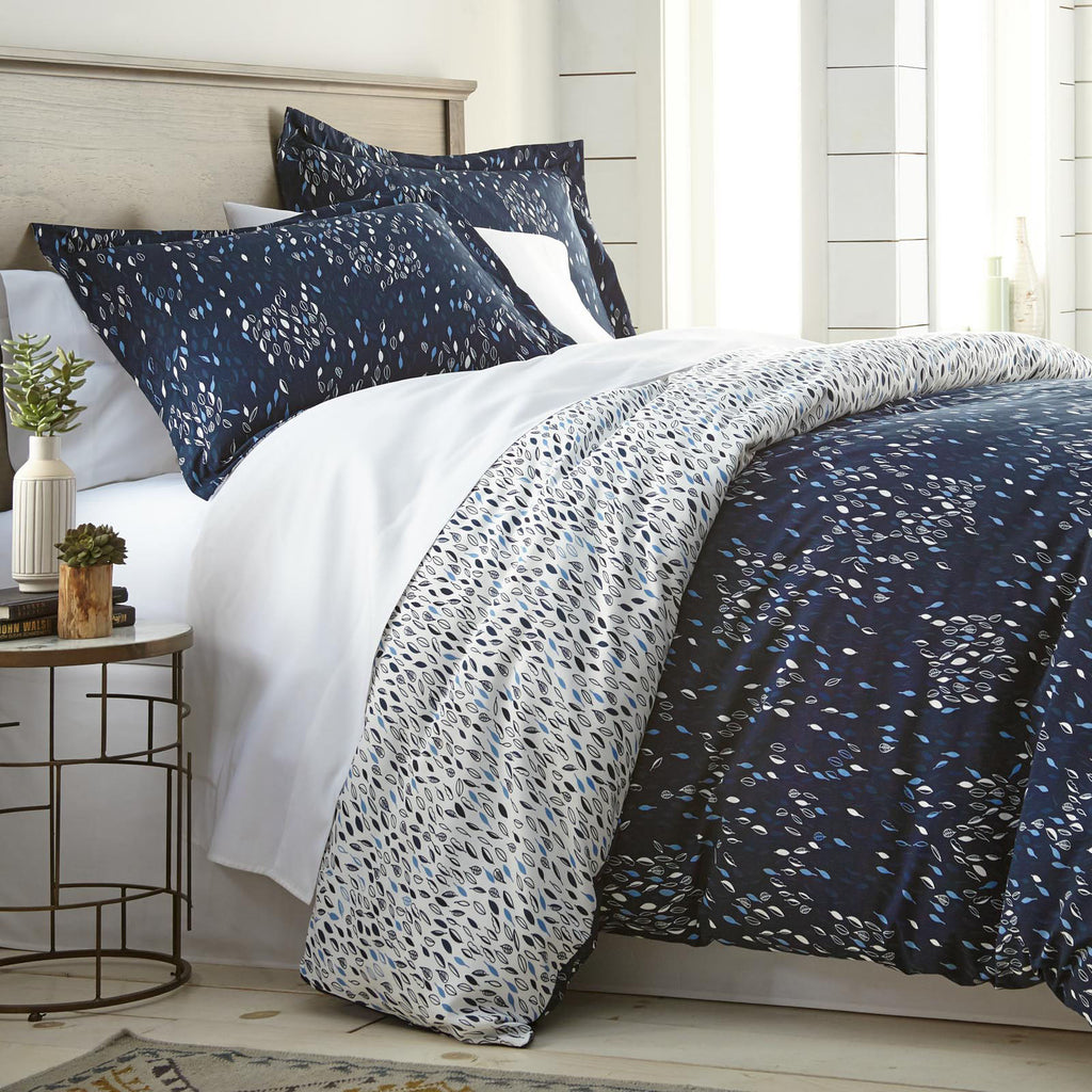 Fall For Me Comforter Set in Blue