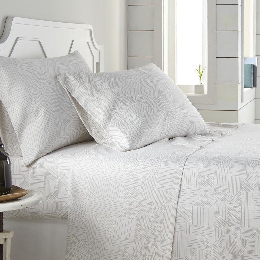 Labyrinth Fantasy_Sheet Sets_white and taupe