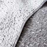 Fall For Me Quilt Set in Grey