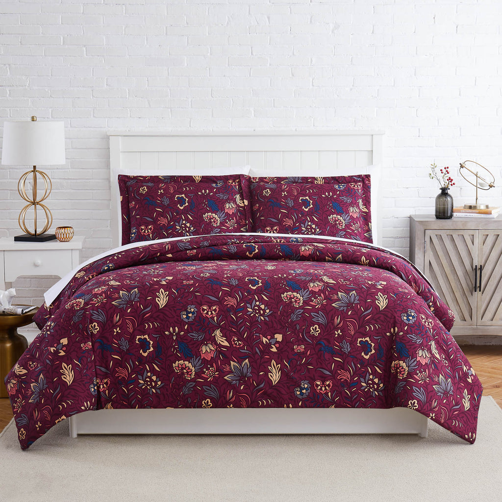 Botanical Spell Duvet in Red