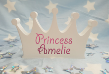 Freestanding Personalised White Wooden Crown Plaque