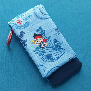 DCL - Disney Cruise - Jake and the Neverland Pirates Wavekeeper™ - Wave Phone Holder
