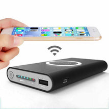 Load image into Gallery viewer, Qi wireless charging power bank black for iphone, samsung, honor, vivo, oppo, Nokia