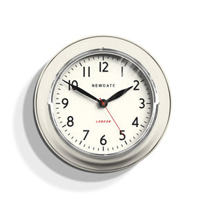 Newgate Cookhouse Linen Clock