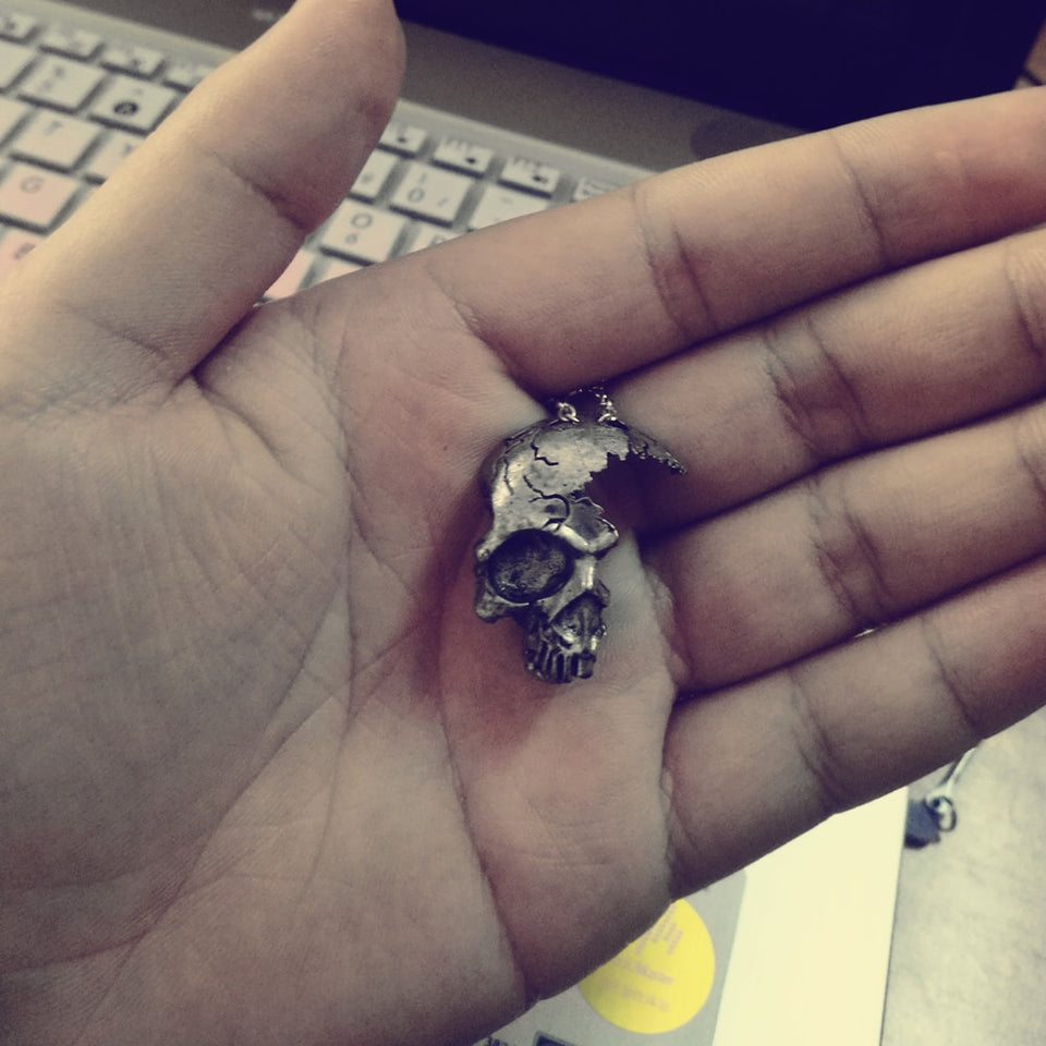 Broken Damaged Half Face Skull Pendant Necklace For Men